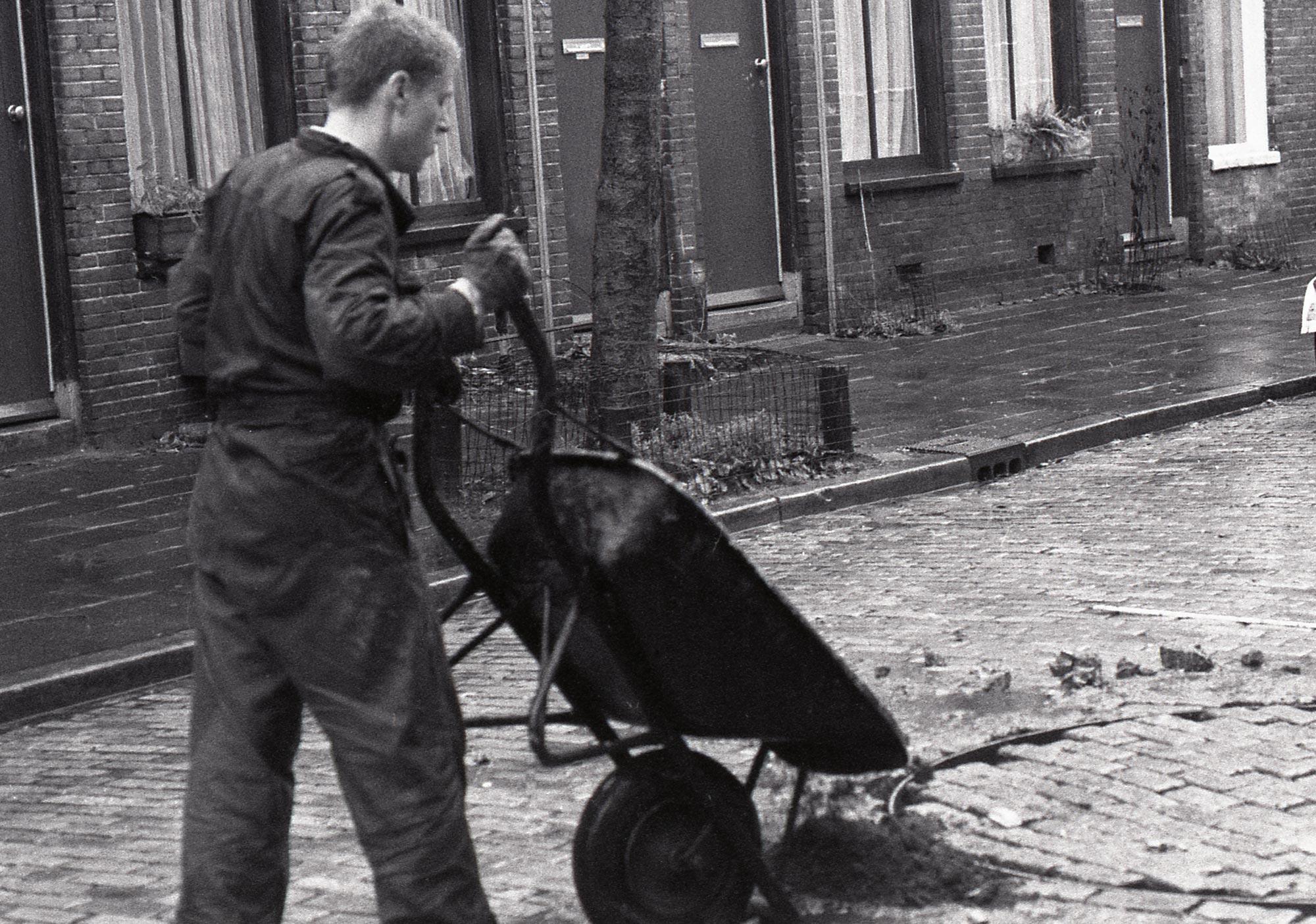 maarten-greve-blue-street-groningen-8